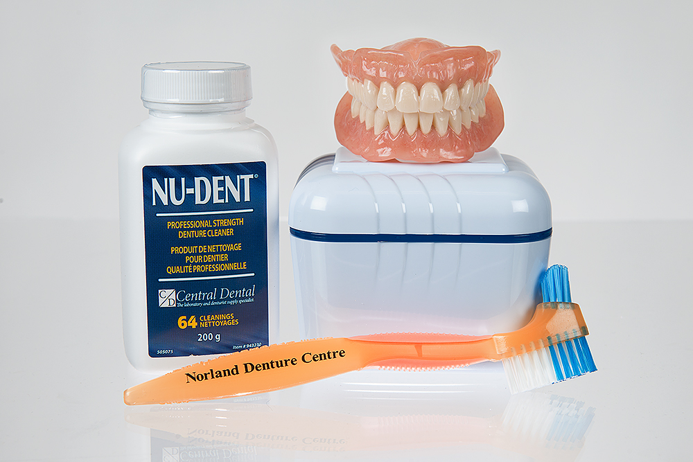 Keeping Your Dentures Clean